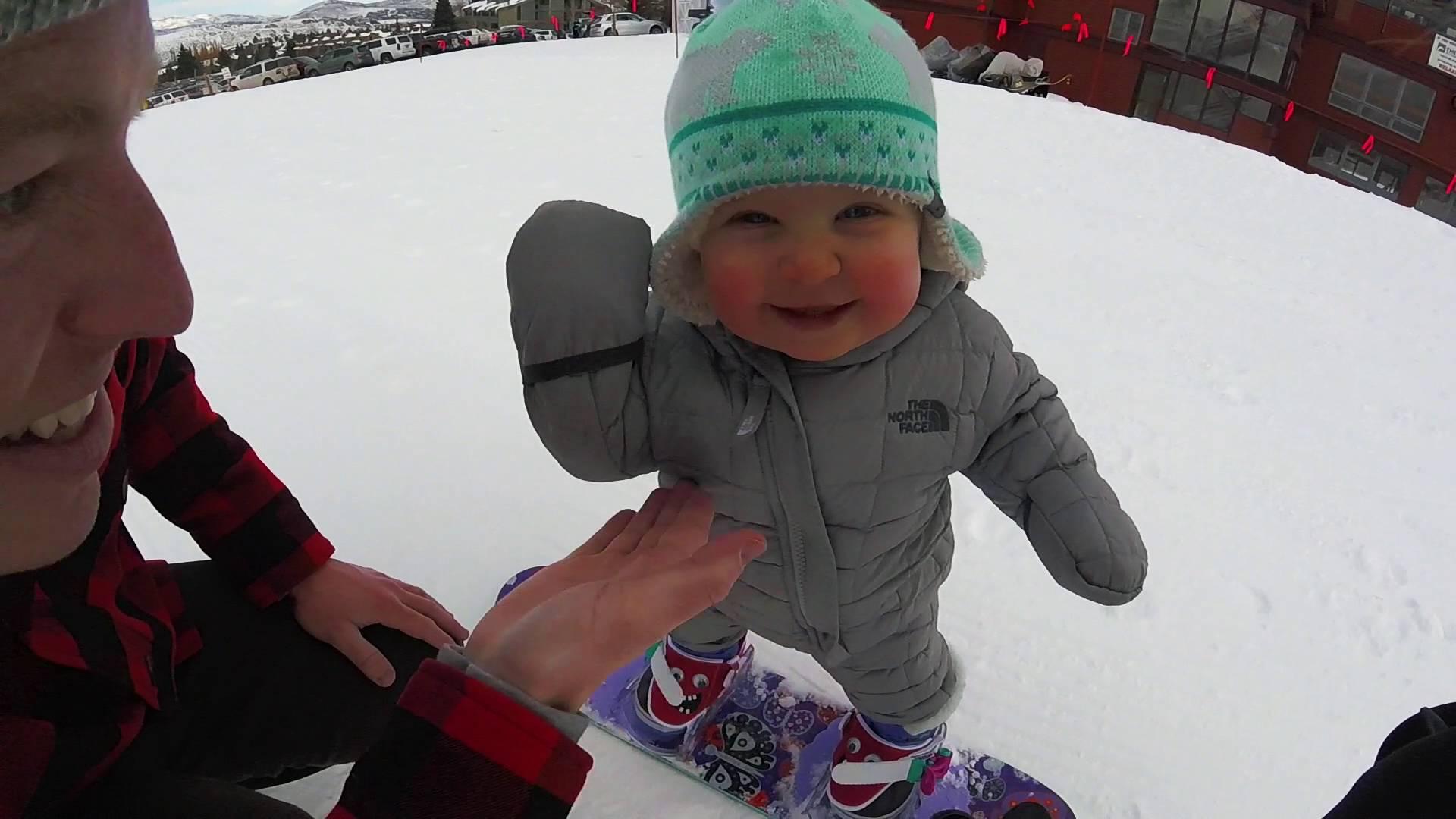 Le snowboardeur le plus petit du monde!